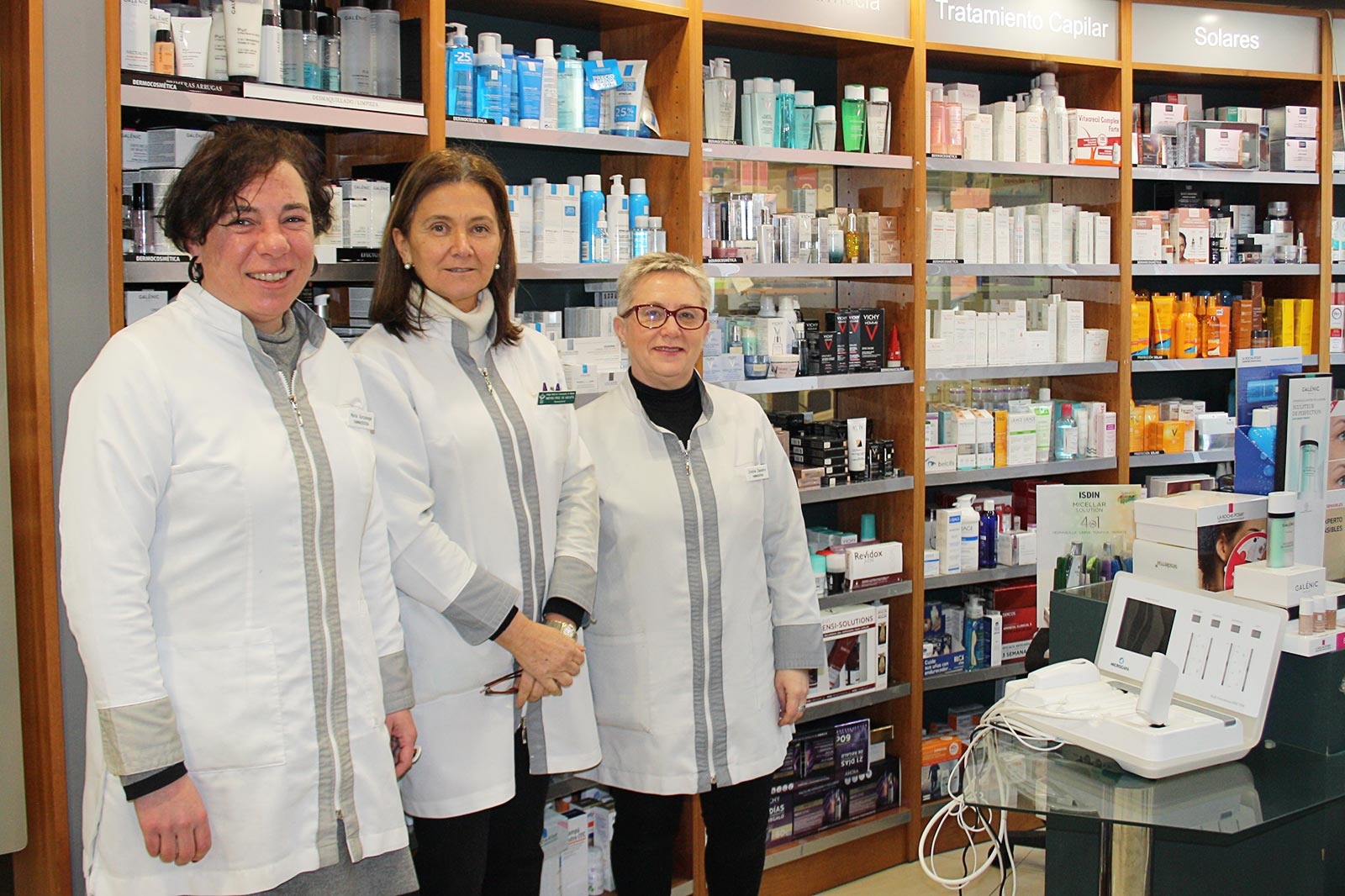 equipo microcaya en Farmacia Pamplona